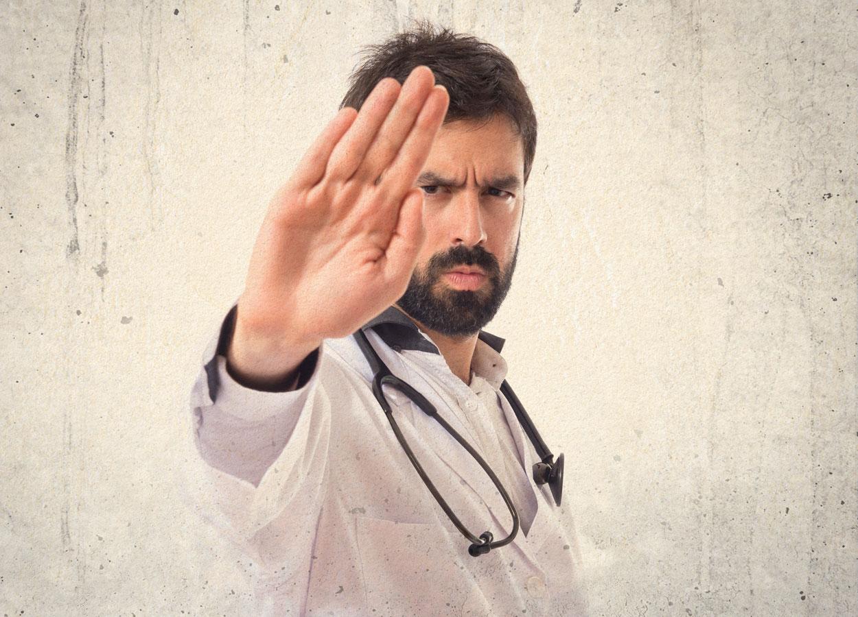 Aggressioni operatori sanitari, Ddl Grillo approvato in Commissione al Senato