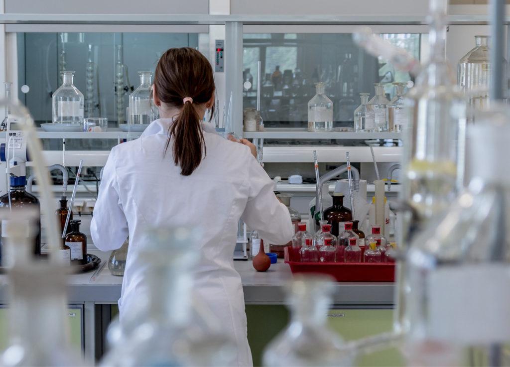 Isolata la sequenza del coronavirus nei laboratori dello Spallanzani, soddisfazione del ministro Speranza